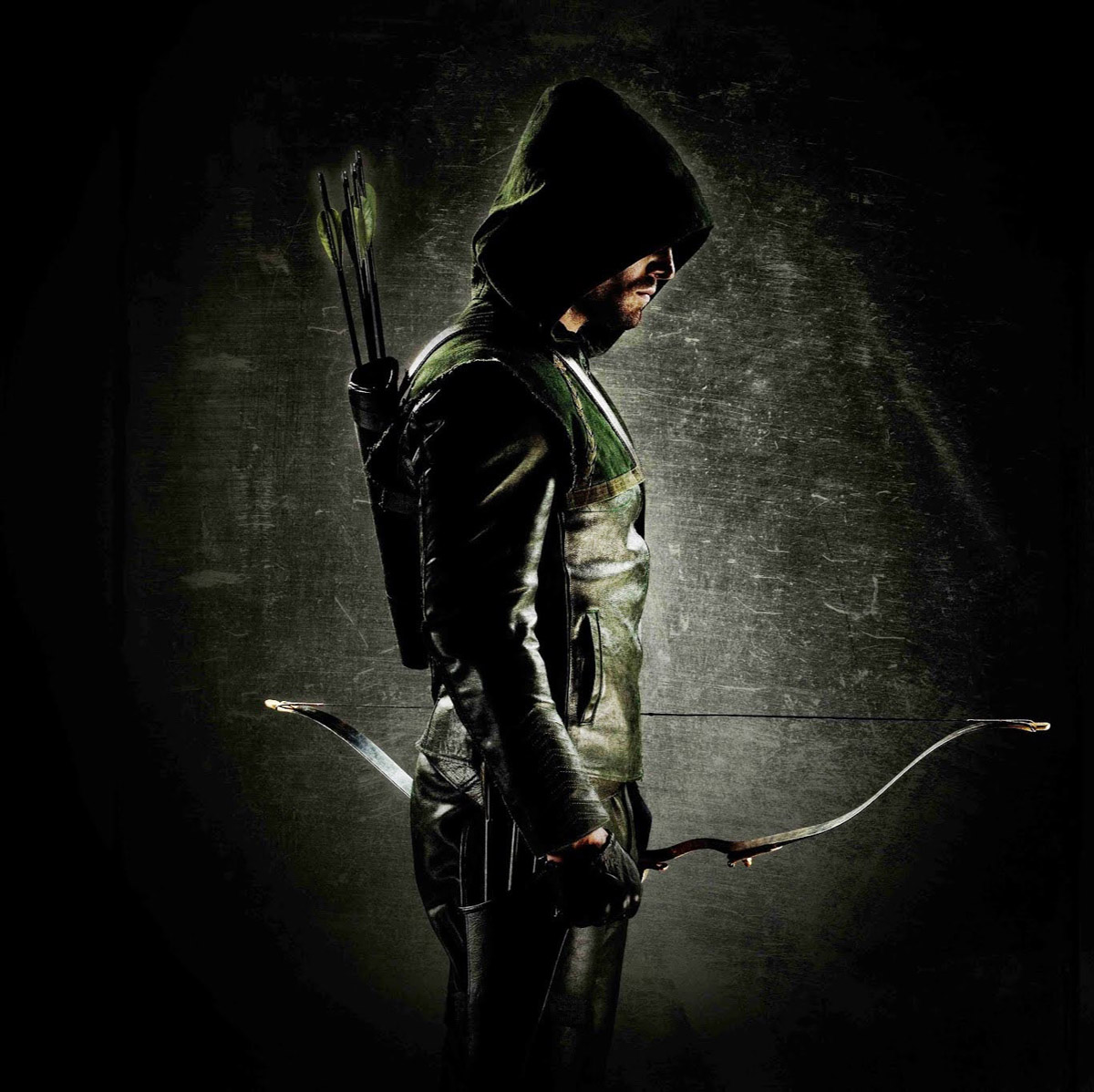 Stephen Amell's First In-Costume Photo For 'Arrow' Was ...